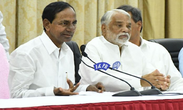 Telangana CM KCR Fire on Chandra Babu Naiudu