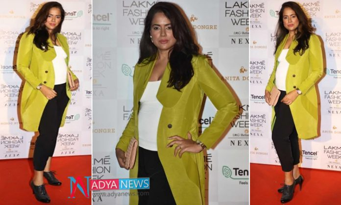 Sameera Reddy Pregnant with Second Child