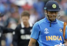 IND vs NZ, CWC 2019 : Fans get emotional as MS Dhoni seemingly cries after dismissal