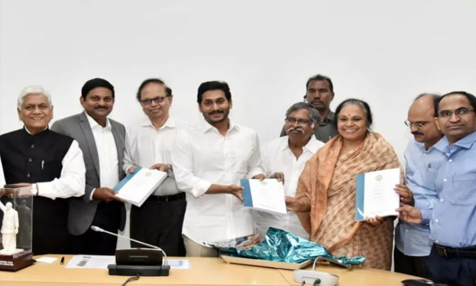 AP Health expert Sujatha Rao committee submits report to cm ys jagan