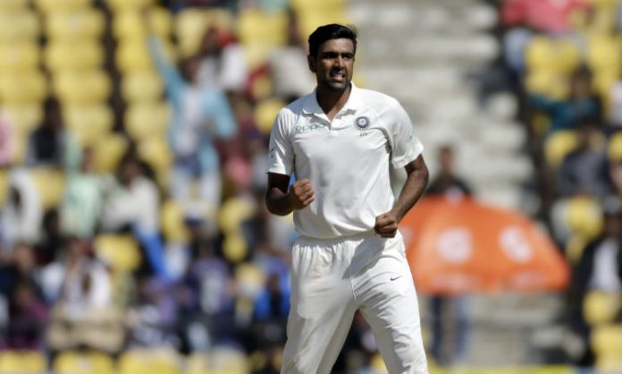 IND vs SA 1st Test : South Africa trail India by 117 runs at stumps