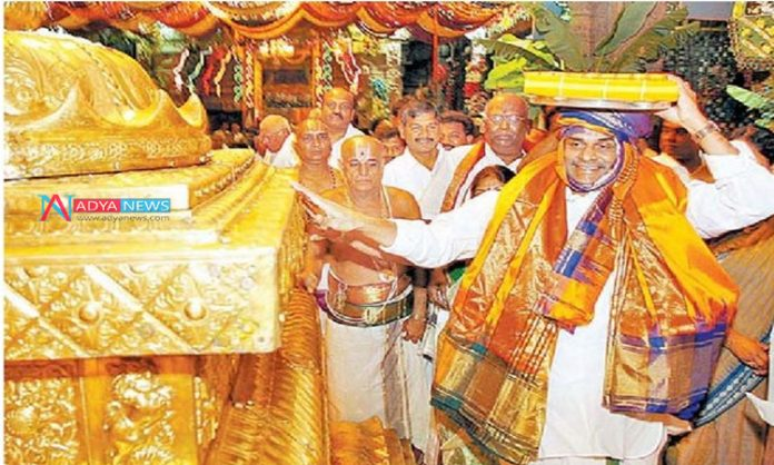 In the history of Chief Ministers, Rare Occasion for YSR Family