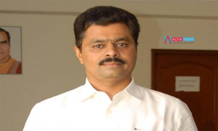 Jogi Ramesh is upset on Chandrababu Naidu for accusing youth